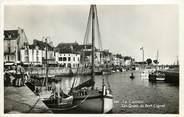 """44 Loire Atlantique CPSM FRANCE 44 """"Le Croisic, les quais du port Ciguet"""""""