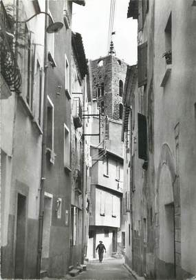 "/ CPSM FRANCE 13 ""Arles, la rue Saint Sauveur"""