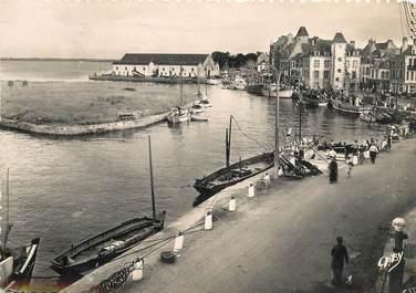 """CPSM FRANCE 44 """"Le Croisic, le port"""