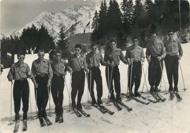 """/ CPSM FRANCE 74 """"Les Contamines Montjoie, les moniteurs de l'école de ski"""""""
