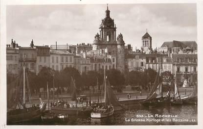 """/ CPSM FRANCE 17 """"La Rochelle, la grosse Horloge et les Bassins"""""""