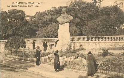 "CPA FRANCE 83 ""Saint Raphaël, la statue Alphonse Karr"""