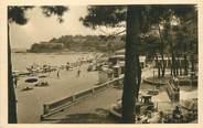 """83 Var / CPA FRANCE 83 """"Cavalaire sur Mer, la plage et terrasse de l'hôtel des Bains"""""""