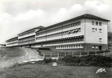 "CPSM FRANCE 15 ""Aurillac, Ecole normale d'Institutrices"""